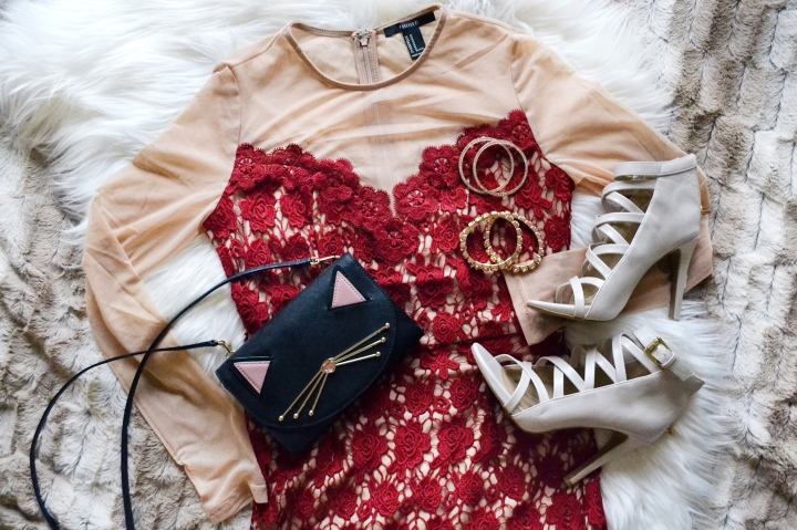 Holiday Savvy: Styling on a Budget